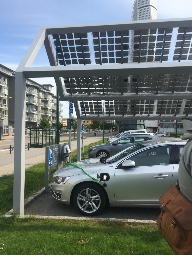 Solar powered car sharing station